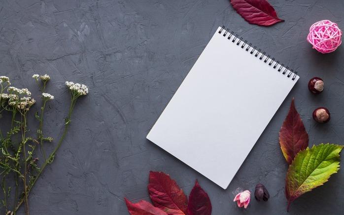 notebook-2984108_960_720